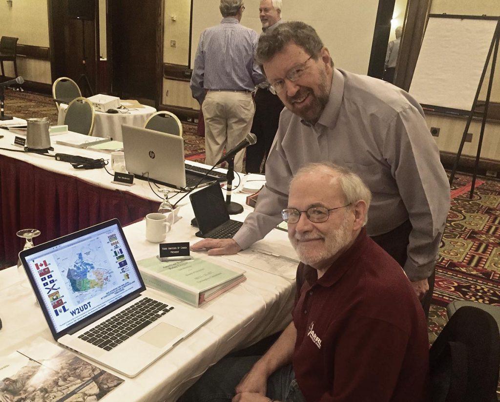 From left: Bill Hudzik, W2UDT (Hudson DivisionVice Director) and Glenn MacDonell, VE3XRA (RAC President)